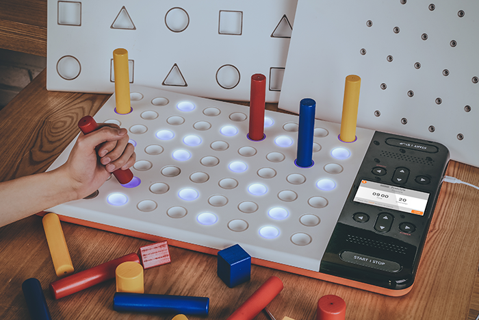 CES-2018-Innovation-Award-Winner_NEOFECT_RAPAEL-Smart-Pegboard